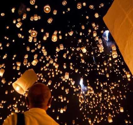 Loy Kratong, La fête des Lumières