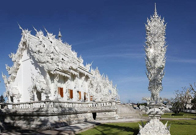 Wat Rong Khun 1